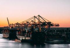 浙江嘉兴首票跨境电商9710出口发往美国和光国际货运